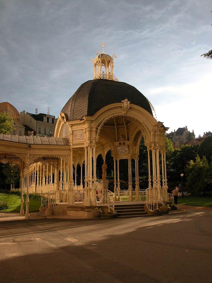 Karlovy Vary (by violingirl1207)
