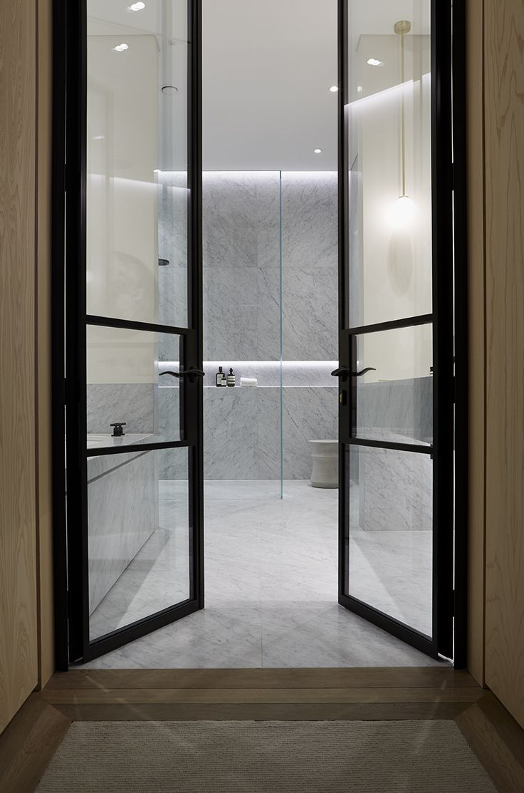 Doors to ensuite bathroom