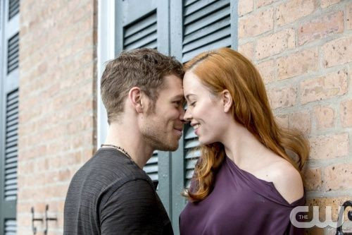 """The Originals -- """"Moon Over Bourbon Street"""" -- Image Number: OR117c_0091.jpg -- Pictured (L-R): Joseph Morgan as Klaus and Elyse Levesque as Genevieve - Photo: Skip Bolen/The CW -- © 2014 The CW Network, LLC. All rights reserved."""