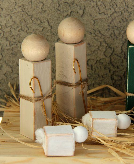 Simple Distressed Wooden Nativity Set by SuziShoppe on Etsy
