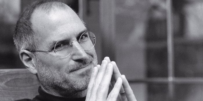 Como ha estado haciendo en los últimos 4 años, el CEO de Apple, Tim Cook, ha recordado a Steve Jobs. Hoy es el quinto aniversario...  http://iphonedigital.com/steve-jobs-5-octubre-2011-quinto-aniversario-muerte/ #iphone #apple