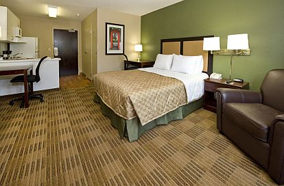 Each of our suites is well-lit and spacious—perfect for work or relaxation. #hotel ExtendedStayAmerica.com