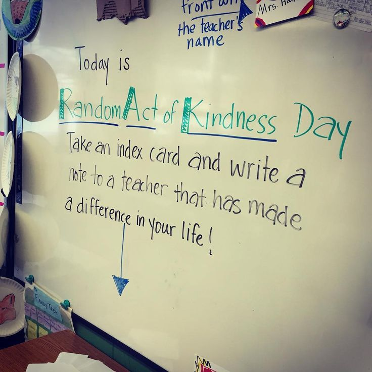 """""""I'm channeling my inner @miss5th today! On this Random Acts of Kindess Day, what teacher on IG has made a difference in your life? For me, it has been…"""""""