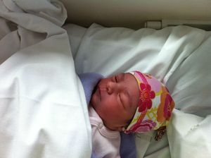 bonnet noué naissance