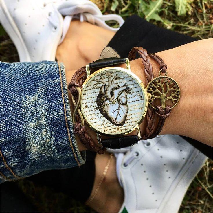 WOODSTOCK NEW COLLECTION! Vieni a scoprire la nostra nuova collezione Woodstock Watches! Ti aspettiamo nel nostro Shop a Sarcedo in provincia di Vicenza in via 2 giugno N 36 oppure se non siete della zona effettuiamo spedizioni in tutta Italia in 24/48 ore lavorative!  Sito ufficiale: https://www.woodstockzambon.com  Instagram: https://www.instagram.com/woodstockzambonvalentina/ #woodstockzambon #woodstockwatch #spring2017 #summer2017 #style #trend #streetstyle #vintage #orologio #orologi #c