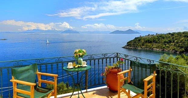 GREECE CHANNEL | Kooning in #Ithaki island,,,charming http://www.greece-channel.com/