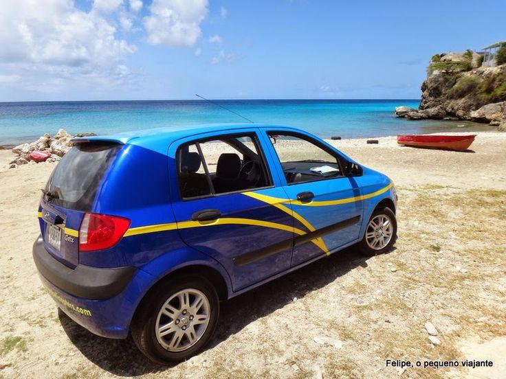 transporte público X aluguel de carro em Curaçao - Blue Skies Car Rental