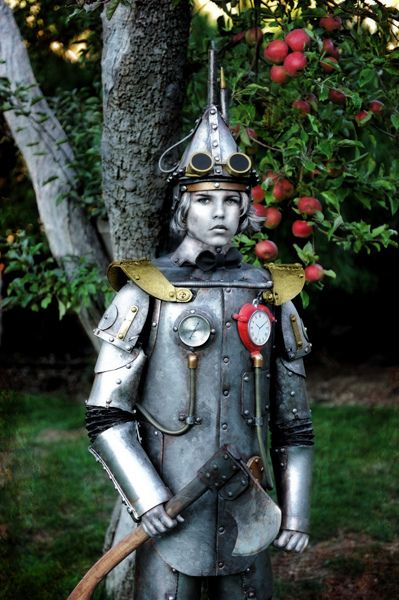 Steampunk Tin Man Rusted. Oustanding tin man costume for adult with a steampunk flair! Amazing metalwork with steam & valves and working heart clock!