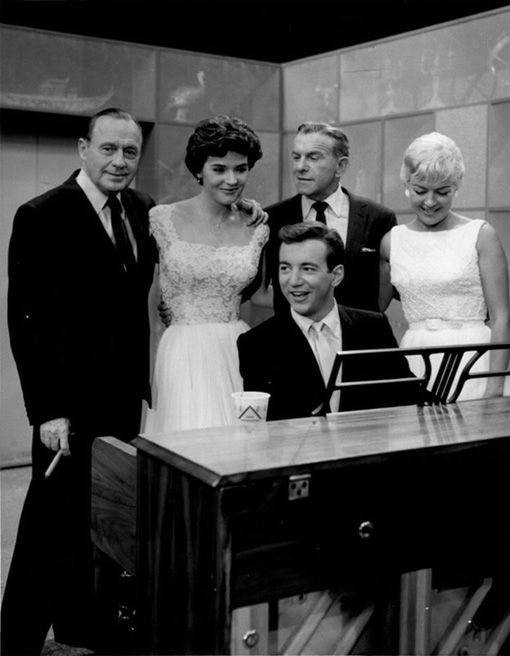 Jack Benny, Polly Bergen, George Burns, Betty Grable and Bobby Darin on the George Burns Show (TV Special) in 1960 - and after that Betty Grable retired and we didn't get to see her again.