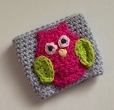 This cute little owl coffee sleeve is hand made with 100% cotton by me!  It fits to go cups 16oz and larger.  Makes a great gift.
