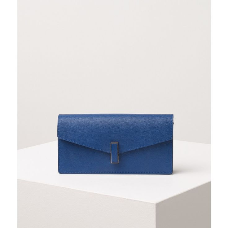 Pochette Iside 24,5X12,5X5 Cm.   - 28 Vitello Vs, color: Royal Blue -  Valextra