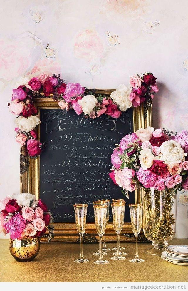 Déco mariage baroque, tableau bord doré et fleurs