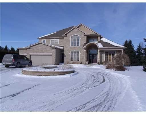 Gorgeous Mansion in #Ottawa https://www.snapuprealestate.ca/listing/Ottawa-ON/house-for-sale-5458-Mansel-Crescent%2C-Manotick%2C-ON-K4M-1L3-3387692822?mortgageVar=m3&utm_expid=87617851-1.urOs7_xsRdulcbXmFu_bHA.3&utm_referrer=https%3A%2F%2Fwww.snapuprealestate.ca%2FmanageListing