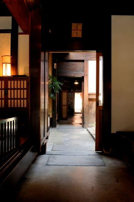 らくたび 若村亮 の 「 京都の旅コラム 」:6/1 新らくたびオフィス ≪ 四条京町家 ≫ へ