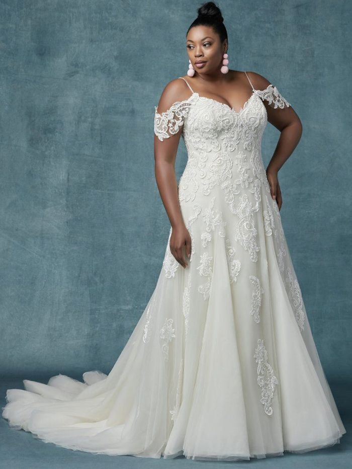 Plus Size Wedding Dresses Uk Maggie Sottero S Sorrento Lynette Dress With Lace And T Wedding Dresses Kleinfeld Plus Size Wedding Gowns Wedding Dress Necklines