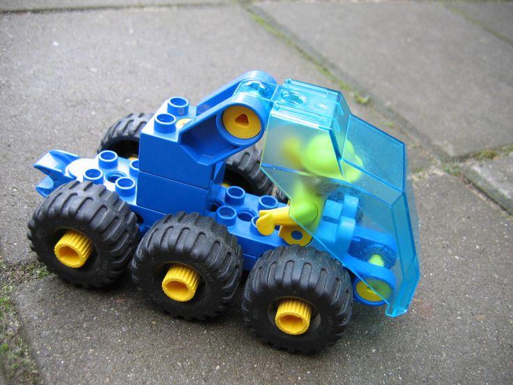 fantasieauto van lego toolo - soort technisch duplo