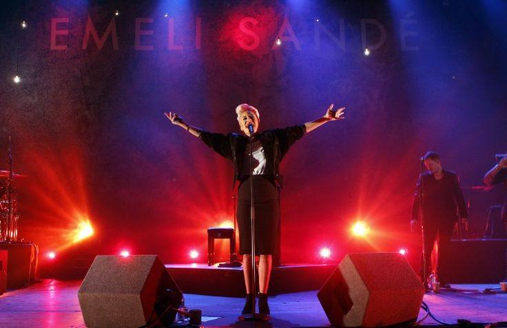 Emeli Sandé | GRAMMY.com: Sands, Photos, Nextom Music, Favorite Music, Staging, Sandé Performing, Music Artists, Sandé Ab Brussels, Emeli Sandé