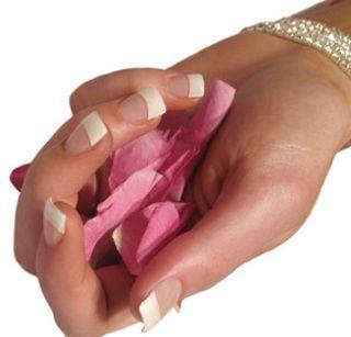 Tutorial Nails - La ricostruzione in gel su mani e piedi - Tentazione Unghie