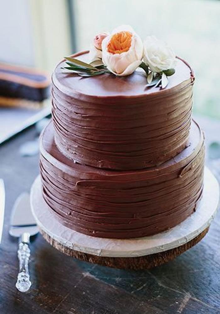 Wenn der Weltschokoladentag rumläuft, sind wir die Ersten, die an der Reihe sind, um zu feiern …   – Wedding Cakes