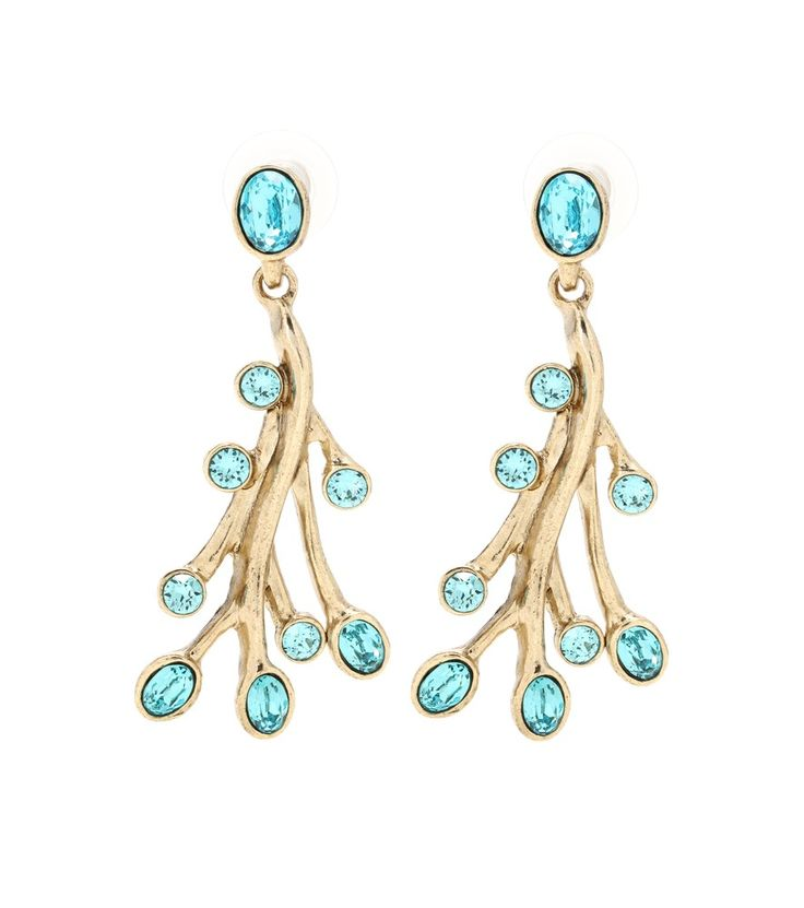 Mooie golvende lijnen spelen een spel met je kaaklijn. Oscar de la Renta - Crystal-embellished earrings.