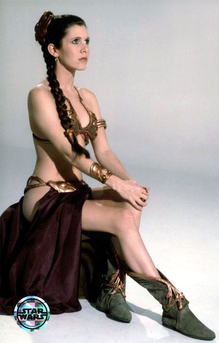 Wow, a Carrie Fisher original. I'm dismayed that I've never seen this shot before!