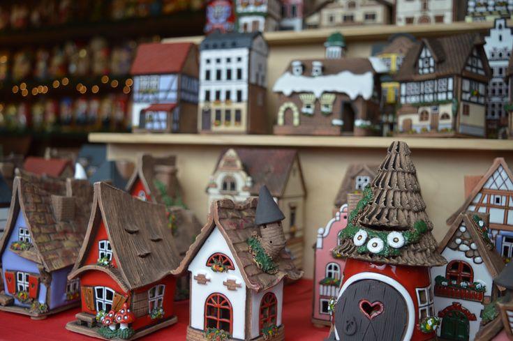 Im Christmas Village in Baltimore finden Sie viele deutsche Traditionen wie Glühwein, Handwerkskunst und leckeres Essen. Doch nicht nur zu #weihnachten  ist Baltimore eine Reise wert. Auf unserem Reiseblog erklären wir Ihnen, was Sie in der Hafenstadt in der USA sehen sollten.