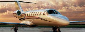 Vuelo panorámico en avión privado con cena | Las Vegas Tome un vuelo de avión panorámico sobre el área deLas Vegas mientras disfruta de un delicioso menú de 3 platos con este paquete VIP. http://lasvegasnespanol.com/en-las-vegas/vuelo-panoramico-en-avion-privado-con-cena/