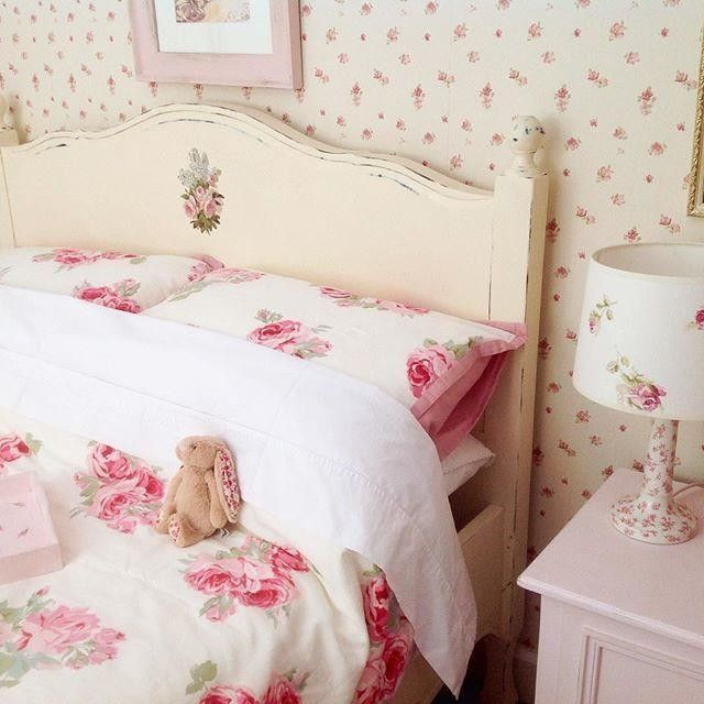 laura ashley farm house pinterest d coration. Black Bedroom Furniture Sets. Home Design Ideas