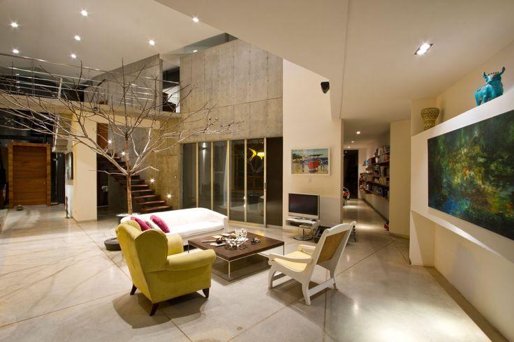 Elegant living room in beige theme on granite floor #granite #floor #home #interior #naturalstone