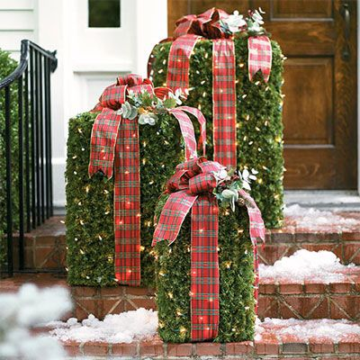 Outdoor Christmas Packages. Cute!