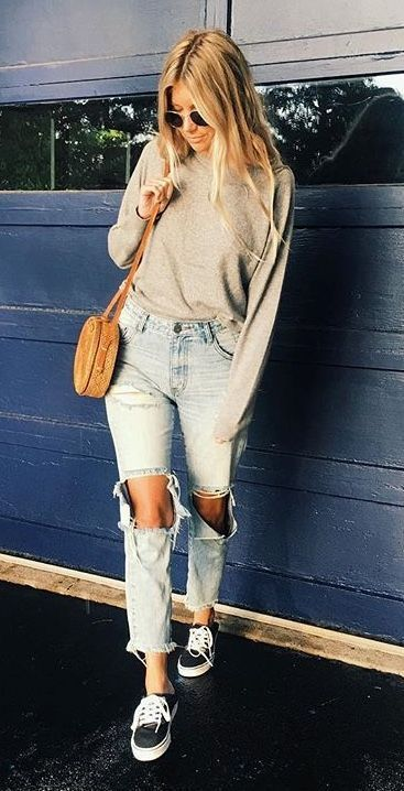 e6fc1fc9ac457 70 Casual Outfits With Denim Jeans To College This Fall 2018   Women Outfits    Pinterest   Outfits, Casual outfits and Summer outfits