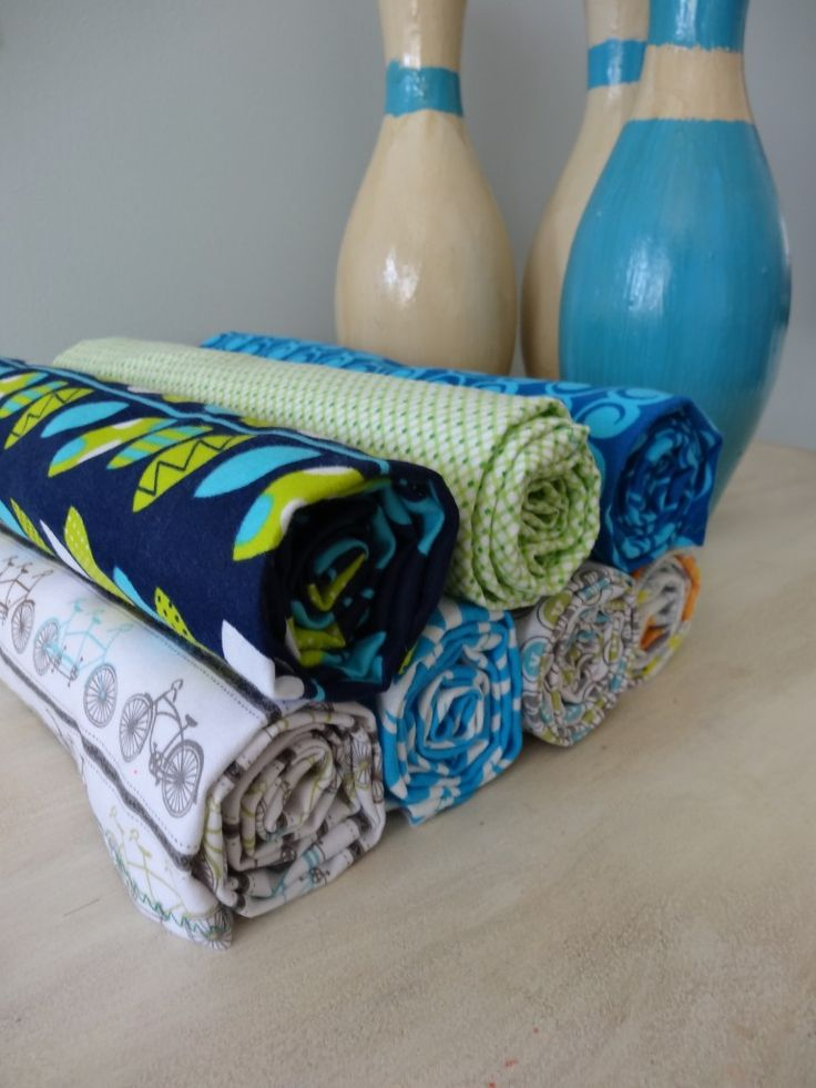 Easiest DIY flannel receiving blanket tutorial without a serger ever!