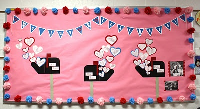 Creative Mommas: February PTO Teacher Spotlight Bulletin Board