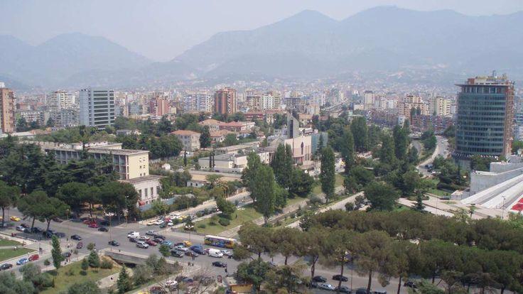 Η Ελλάδα πρώτη σε επενδύσεις στην Αλβανία: Πρώτα σε επενδύσεις παραμένουν τα ελληνικά κεφάλαια στην Αλβανία σύμφωνα με έκθεση της Τράπεζας…