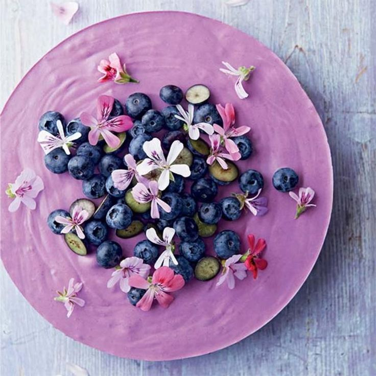 Blueberry Lemon Mousse Cake with Scented Geranium Flowers http://www.eatclean.com/recipes-how-to/gluten-and-dairy-free-clean-eating-cake-recipes/3-blueberry-lemon-mousse-cake-with-scented-geranium-flowers