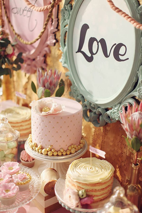 Pink and gold desserts. Odry Cake.