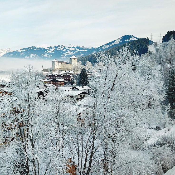 The village of Kaprun blanketed in snow with the 12th century Burg In the distance #winterwonderland #kaprun #burgkaprun #castle #zellamseekaprun #kaprunzellamsee #kitzsteinhorn #maiskogel #austrianalps #austria #österreich #wanderlust #fernweh #seetheworld #travelphotography #snow #travel #mountainlife #photooftheday #theglobalwanderer #bucketlist #austrianalpinegetaways #discoveraustria #365austria #österreich #austriavacations #visitaustria #austrianblogger #travellerau #tw #pin