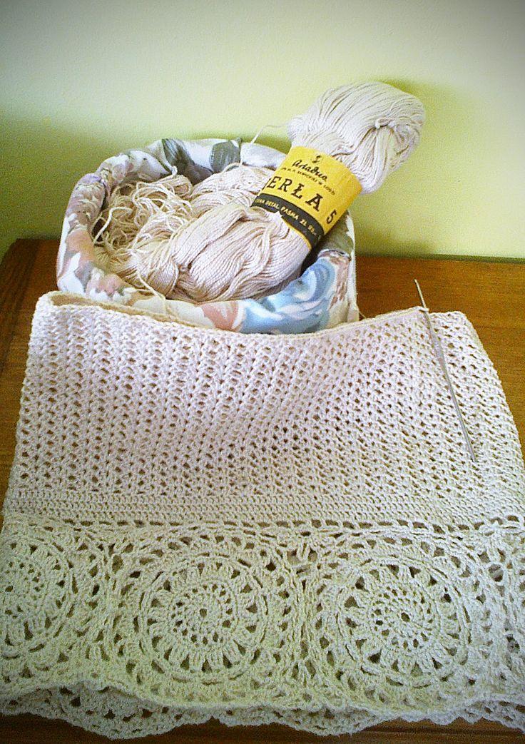torebka na szydełku wiecej na wydzierganaskarpetka.blogspot.com