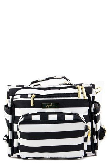 classic and spacious // diaper bags