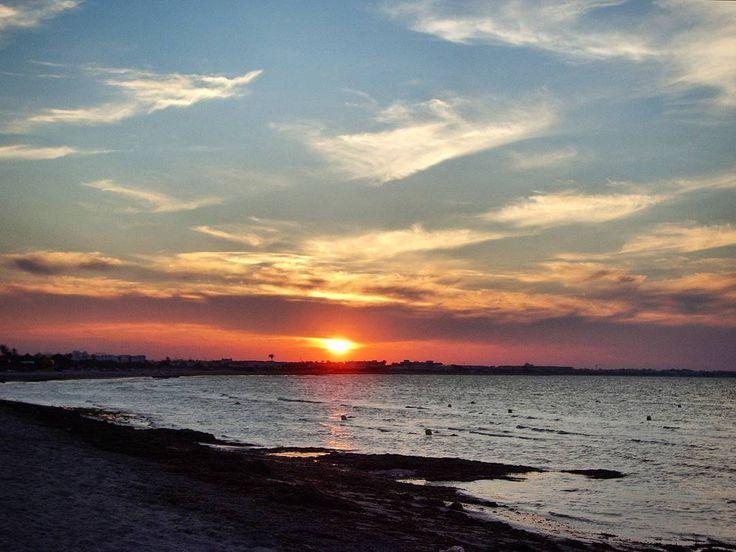 Tunisia tells me goodbye with a gorgeous sunset