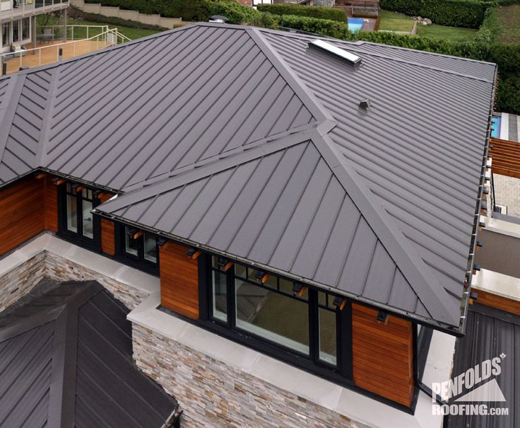 Charcoal Gray Metal Roof | Ziplok-Charcoal-Close-up-West-Vancouver