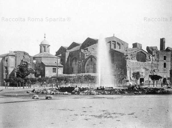 Il 10 settembre del 1870 il primo zampillo dell'Acqua Pia antica Marcia sgorgò a piazza Esedra, l'attuale Piazza della Repubblica Anno: 1870