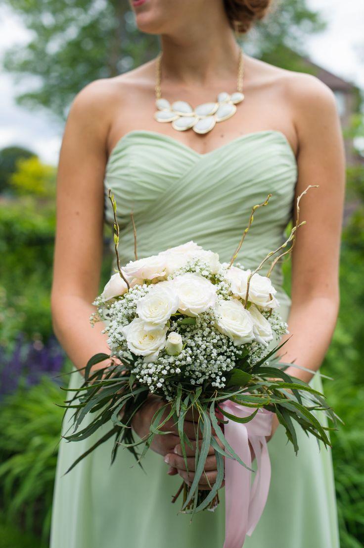Classic Wedding at Skyloft  Read more - http://www.stylemepretty.com/canada-weddings/ontario/toronto/2014/01/22/classic-wedding-at-skyloft/