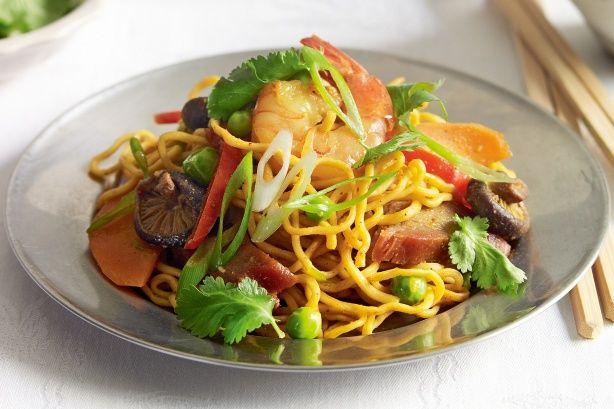 Singapore noodles main image