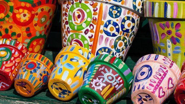 Idee originali e spiritose per realizzare elementi d'arredo da giardino in materiale riciclato.