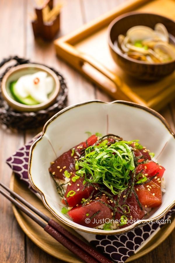 Tuna Bowl (Tekkadon)   Easy Japanese Recipes at JustOneCookbook.com