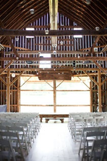 i want to get married in a barn: Decor, Large Window, Galleries, Dreams, Barn Weddings, Pictures, Barns Wedding Ceremony, Barns Venues, Barns Ideas