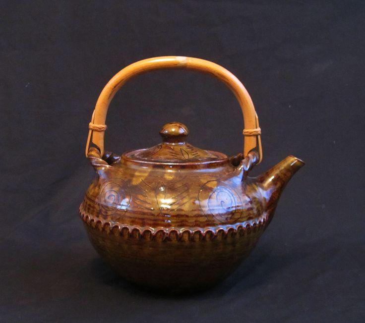 "Large Wenford Bridge teapot. 8 1/2"" diameter x 7 1/2 "" high to top of lid."