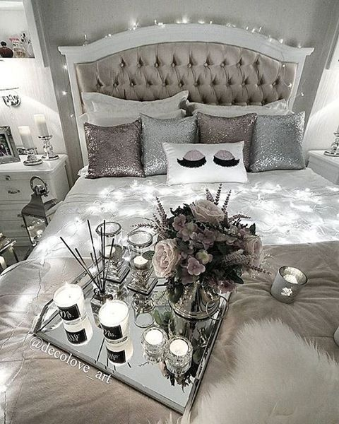 pinkboutiqueuk - ON MONDAYS WE STAY IN BED In love with this room #pinkboutique #pinkboutiqueuk #interiors @decolove_art