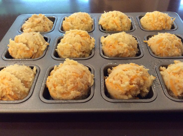 Low carb cheddar biscuit